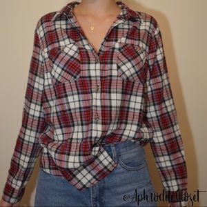 Forever 21 Red Plaid Long Sleeve Button Down